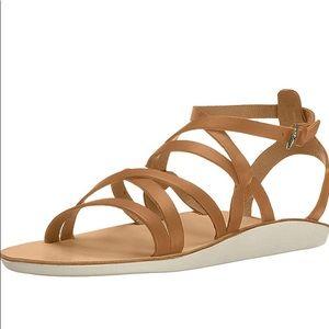 Olukai Po'iu Gladiator Leather Sandals